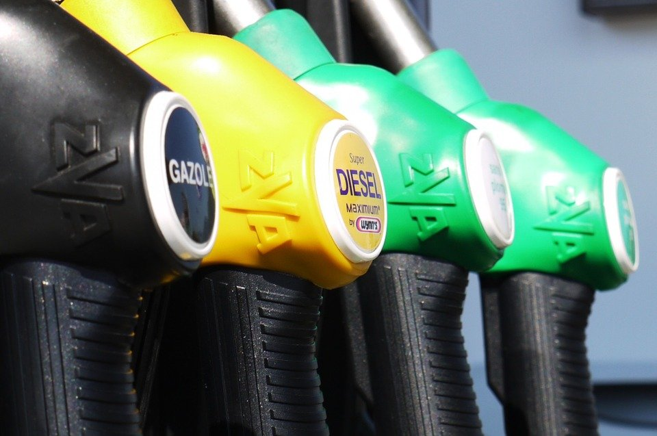 Pros and Cons of Biodiesel