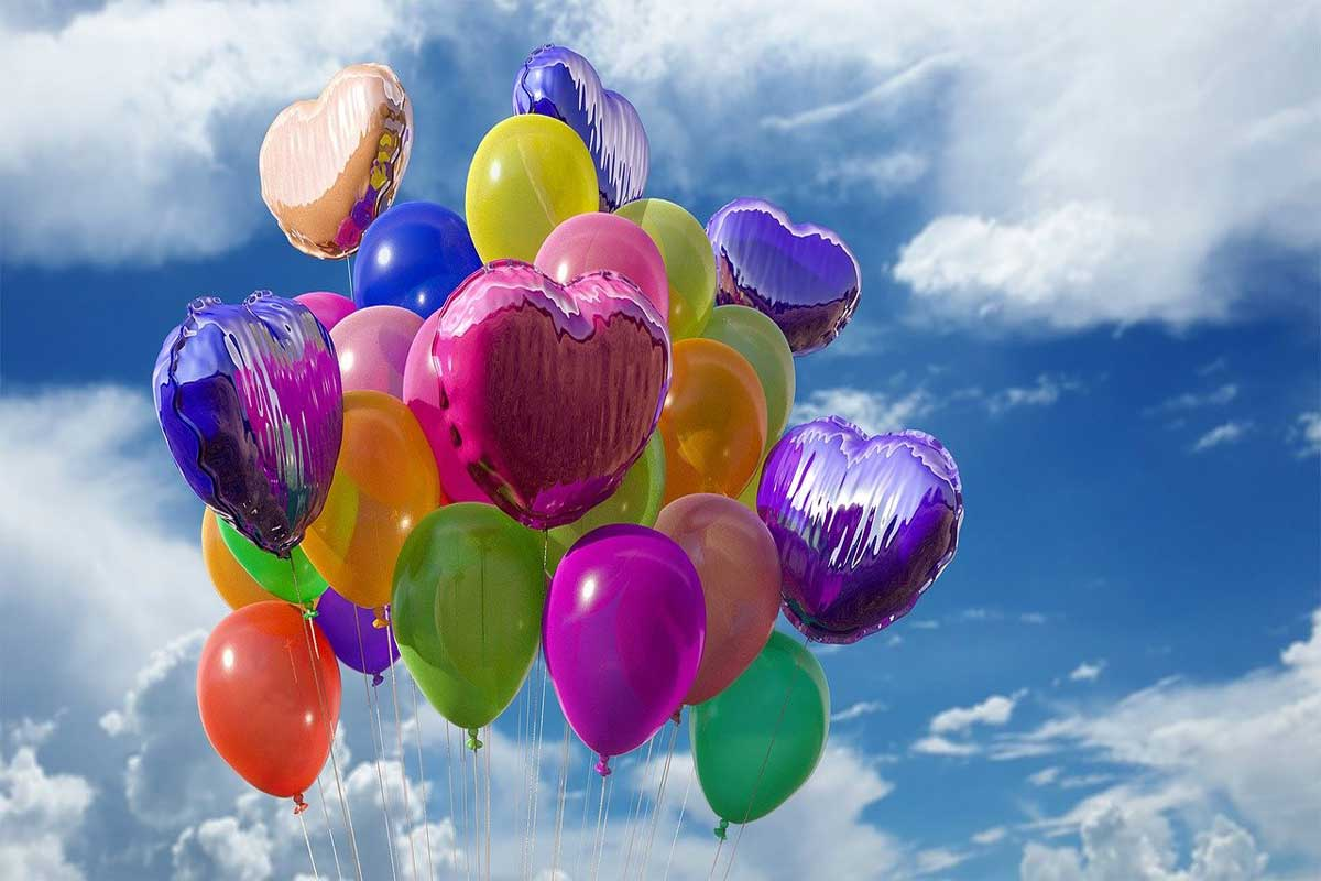 Balloons keep bats away; Hold them outside your house!
