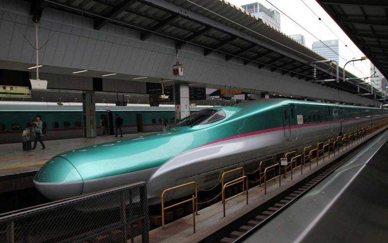 Bullet Trains as a Biomimicry of Kingfisher Beak