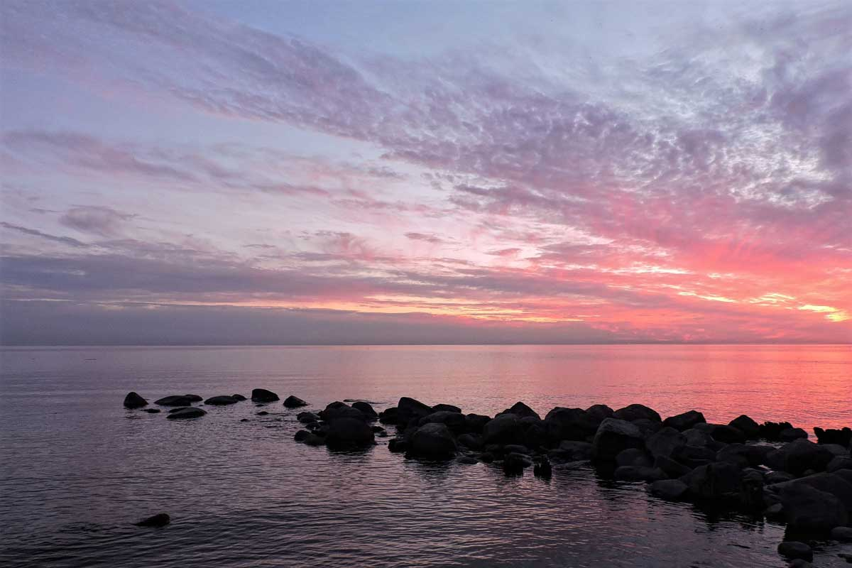 Lake Winnipeg - One of the largest lakes in the US